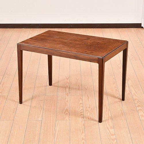 北欧デンマークのビンテージ家具/UD7006/サイドテーブル