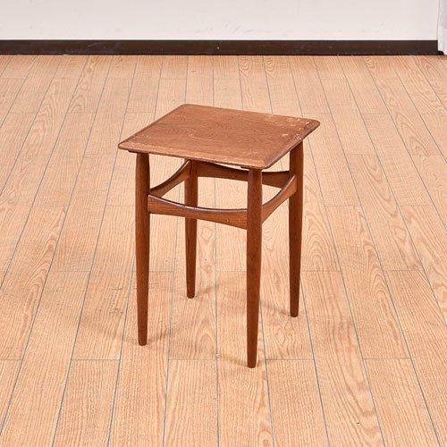 北欧デンマークビンテージ家具/UD7021/サイドテーブル