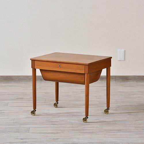 ソーイングテーブル/UD7207