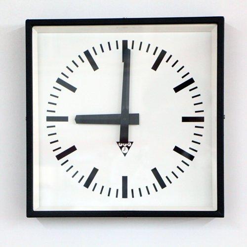 Pragotron/clock/UH/ETW923