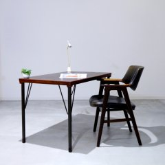 デザイナーズ|デスクテーブル/ピーター・ヴィッツ&オムラ・モルガード・ニールセン|UD10096【恵比寿ショールーム】