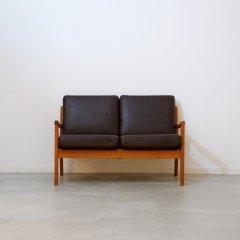 デザイナーズ|model169「Senator」2seater Sofa / オーレヴァンシャー|UD10348
