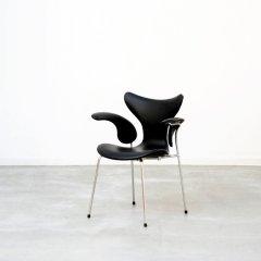 デザイナーズ|Model 3208 ガルチェア(BK)アルネ・ヤコブセン|UD2082