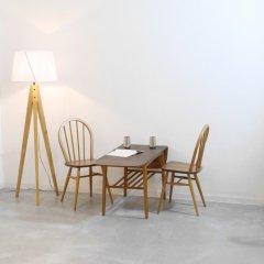 バタフライ式コーヒーテーブル(チーク&オーク)|UD11142