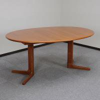 UD77/伸長式テーブル