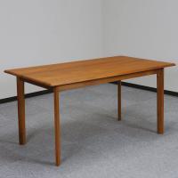 北欧デンマークのビンテージ家具/ニールス・バッハ チークダイニングテーブル