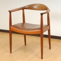 北欧デンマークのビンテージ家具/UD2081/ウェグナー/ザ・チェアー(マホガニー&レザー)