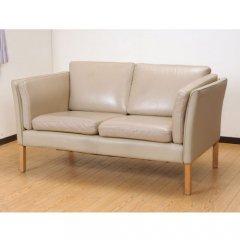 北欧デンマークのビンテージ家具/UD3081/2Pソファ(IV革)