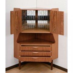 北欧デンマークのビンテージ家具/UD4045/コーナーキャビネット