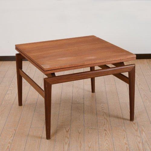 北欧デンマークのビンテージ家具/UD4064/伸長式コーヒーテーブル