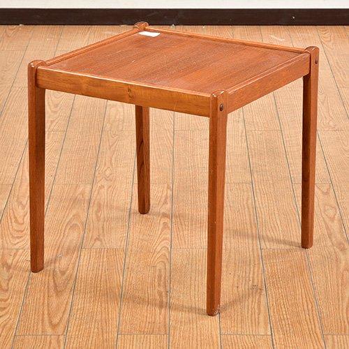 北欧デンマークビンテージ家具/UD6009/サイドテーブル