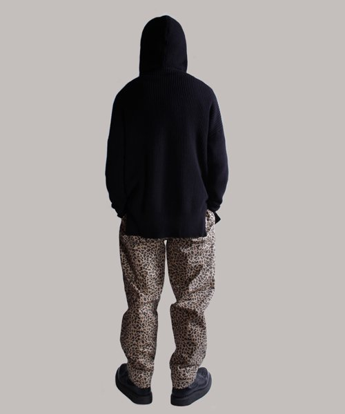 NIL DUE / NIL UN TOKYO / ニル デュエ / ニル アン トーキョー  SIDE SPLIT LONG KNIT HOODIE (BLK) 商品画像22