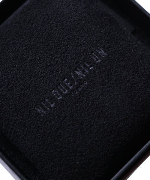 NIL DUE / NIL UN TOKYO / ニル デュエ / ニル アン トーキョー   CARVED SEAL SQUARE RING (SILVER) 商品画像5