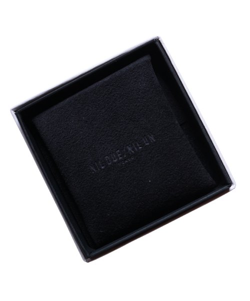 NIL DUE / NIL UN TOKYO / ニル デュエ / ニル アン トーキョー | CARVED SEAL SQUARE RING (GOLD) 商品画像4