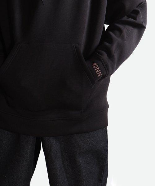 NIL DUE / NIL UN TOKYO / ニル デュエ / ニル アン トーキョー   EMBROIDERY LOGO HOODIE (BLACK) 商品画像11