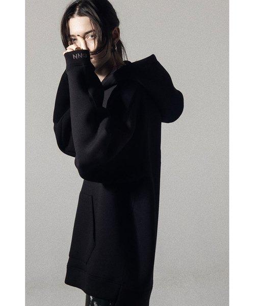 NIL DUE / NIL UN TOKYO / ニル デュエ / ニル アン トーキョー   EMBROIDERY LOGO HOODIE (BLACK) 商品画像3