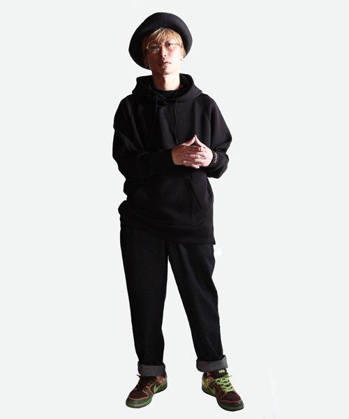 NIL DUE / NIL UN TOKYO / ニル デュエ / ニル アン トーキョー   EMBROIDERY LOGO HOODIE (BLACK) 商品画像5
