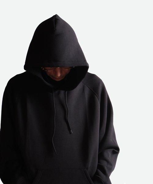 NIL DUE / NIL UN TOKYO / ニル デュエ / ニル アン トーキョー   EMBROIDERY LOGO HOODIE (BLACK) 商品画像9