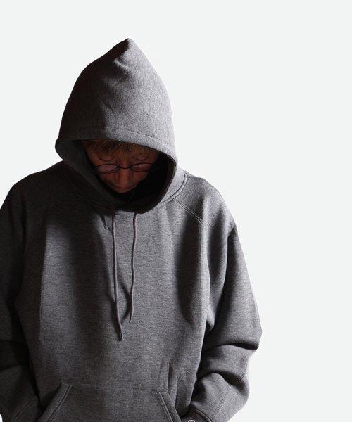 NIL DUE / NIL UN TOKYO / ニル デュエ / ニル アン トーキョー | EMBROIDERY LOGO HOODIE (DARK GRAY) 商品画像9