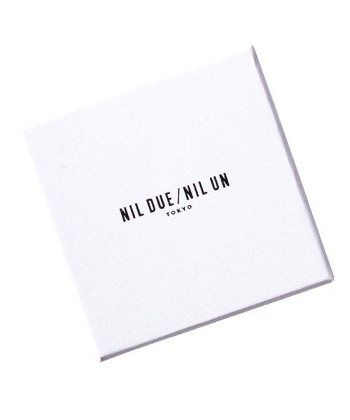 NIL DUE / NIL UN TOKYO / ニル デュエ / ニル アン トーキョー   INITIAL AQUARE NECKLACE (GOLD) 商品画像4