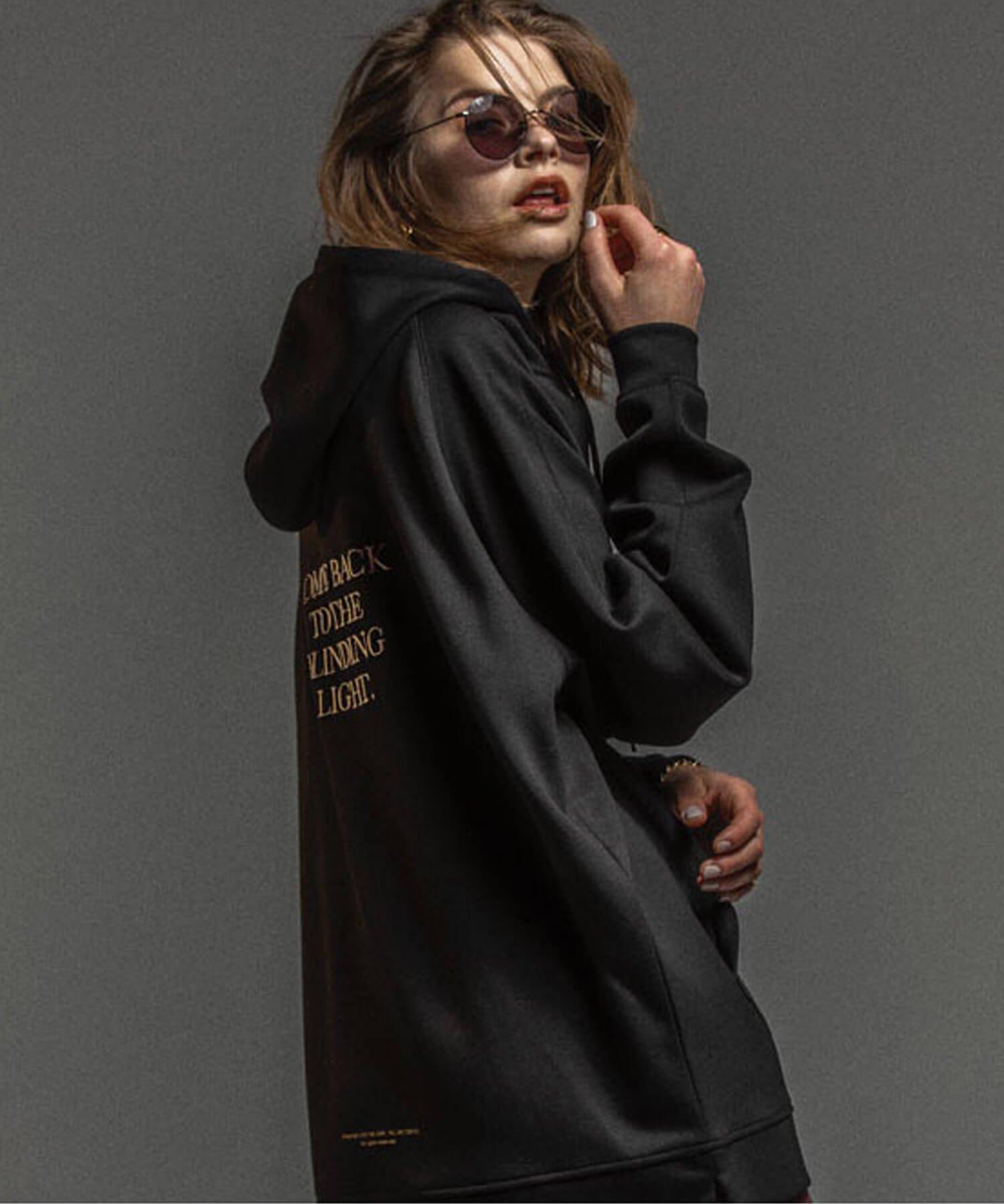 NIL DUE / NIL UN TOKYO / ニル デュエ / ニル アン トーキョー | EMBROIDERY LOGO HOODIE (BLACK) 商品画像7