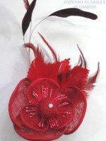 メッシュの花と羽の髪飾り レッド