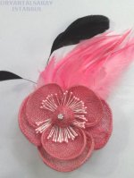 メッシュの花と羽の髪飾り ピンク