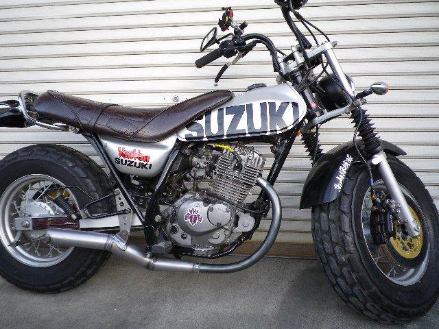 バンバン 200