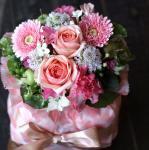 気軽に贈れるミニサイズ「ミニおむつケーキ・ピンク」