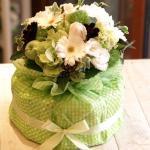 出産祝いにおすすめ 爽やかなグリーンで「おむつケーキ・ライムグリーン」