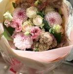「パステルピンクの花束」