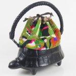コシェルドゥ【亀(黒)バッグ 】タイ刺繍巾着グリーン