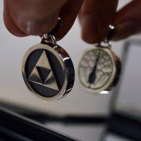 ■丸に抱き茗荷 丸に三つ鱗 両面家紋ペンダント 銀製 製作例