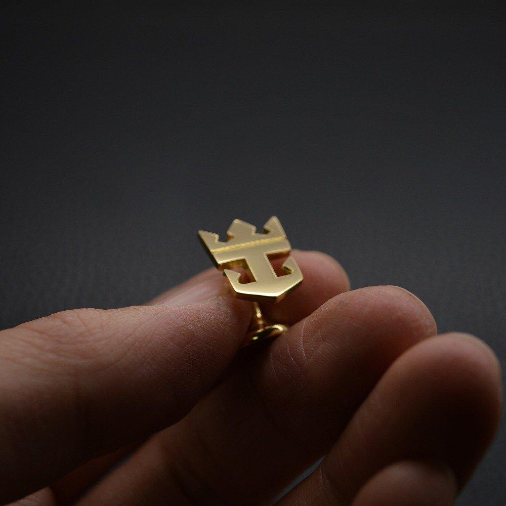 ■持込ロゴによるオリジナル・カフリンクス製作例【王冠】
