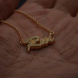 ■ネームネックレス製作例【Rui】ハワイ書体