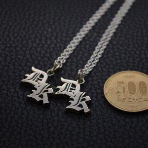 ■ダブルレタード・ペアイニシャルネックレス・オーダーメイド製作例【DK】オールドイングリッシュ