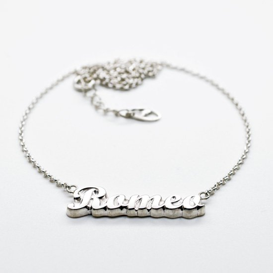 ■シルバー製ネームネックレス-銀無垢仕上げ-[イングランド書体] ※40(38)cmチェーン付