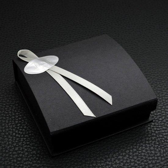誕生日プレゼント向けペアネックレス作品例
