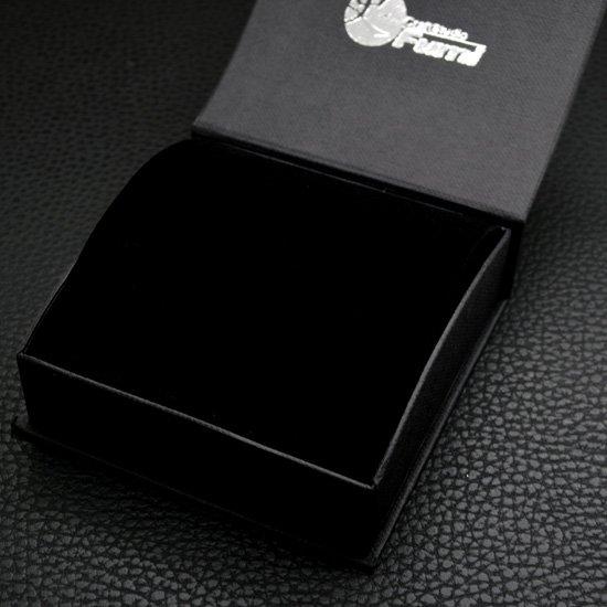 工房【史】のブラックパッケージ