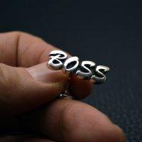 ■オーダーカフスボタン BOSS  筆記体(ハワイ書体)製作例