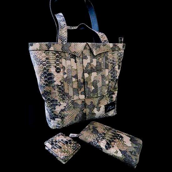カスタムバッグ鞄とウォレット財布