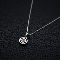 ■家紋 「丸に木瓜」 極小 銀製ペンダントネックレス製作例