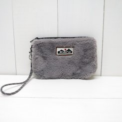 <img class='new_mark_img1' src='https://img.shop-pro.jp/img/new/icons50.gif' style='border:none;display:inline;margin:0px;padding:0px;width:auto;' />カブー/KAVU/PLUSH CLUTCH/Stone