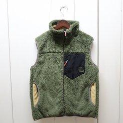 <img class='new_mark_img1' src='https://img.shop-pro.jp/img/new/icons13.gif' style='border:none;display:inline;margin:0px;padding:0px;width:auto;' />チャムス/CHUMS/Bonding Fleece Vest/Khaki
