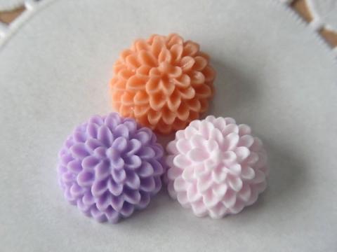 樹脂製お花カボション15mmPOPカラー1