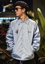 <img class='new_mark_img1' src='https://img.shop-pro.jp/img/new/icons50.gif' style='border:none;display:inline;margin:0px;padding:0px;width:auto;' />EVILACT x CANVAS - W NAME NYLON COACH JACKET (SAXE) RENEWAL Limited