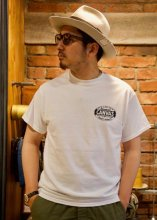 <img class='new_mark_img1' src='https://img.shop-pro.jp/img/new/icons50.gif' style='border:none;display:inline;margin:0px;padding:0px;width:auto;' />CANVAS - STANDARD LOGO TEE (WHITE)