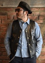 <img class='new_mark_img1' src='https://img.shop-pro.jp/img/new/icons1.gif' style='border:none;display:inline;margin:0px;padding:0px;width:auto;' />TROPHY CLOTHING - RANCHER STEERHIDE VEST