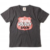 "<img class='new_mark_img1' src='https://img.shop-pro.jp/img/new/icons1.gif' style='border:none;display:inline;margin:0px;padding:0px;width:auto;' />TROPHY CLOTHING - ""HOLIDAY"" SHIELD LOGO TEE.(KIDS SIZE) (BLACK)"