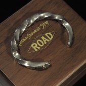 ROAD - Black Magic Bangle(Silver × Brass)